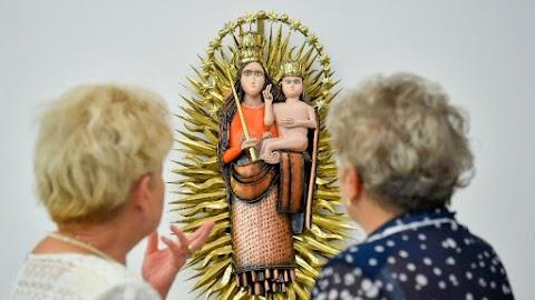 A Boldogasszony kiállítással megkezdődött a virágkarneváli hét Debrecenben