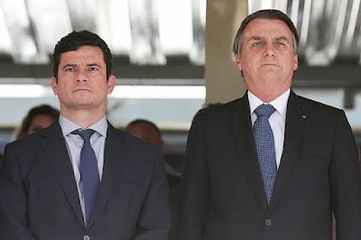 Sérgio Moro que pediu demissão e Bolsonaro - Foto: Wikipédia