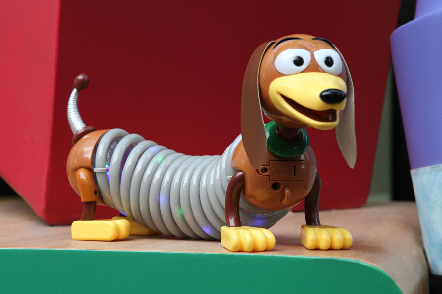 Ride Along With Slinky Sing A Tune With Wheezy And Avoid