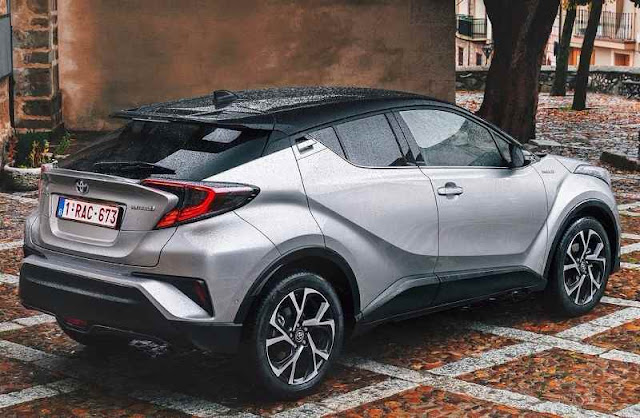 Toyota CHR Side