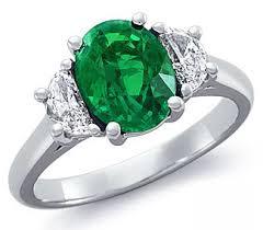 Nhẫn đá Emerald