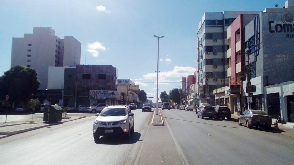 Avenida_Benedita_Silvera_em_Barreiras_BA-1024x576