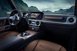 Mercedes-Benz G-Class (2018) Dashboard 1