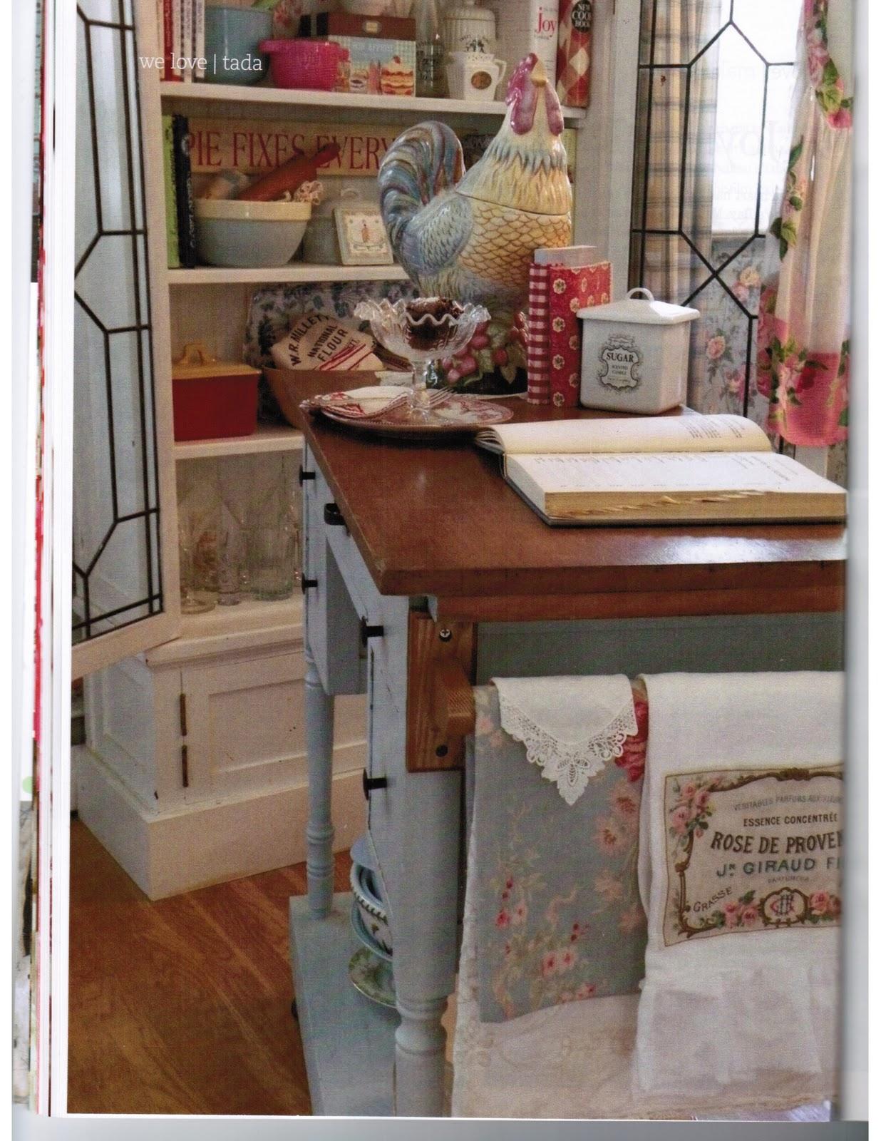 Romantic Homes Decorating: Maison Decor: Pretty Kitchens