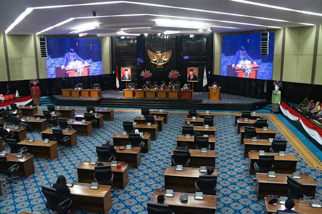 Ini Laporan Pencapaian Pembangunan Jakarta Disampaikan Anies di Rapat Paripurna DPRD DKI