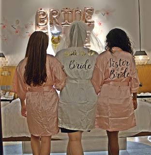 Bride and birdesmaids