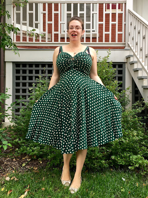Trashy Diva Irish Polka L'amour pregnant