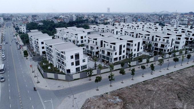 Chủ đầu tư Khai Sơn được giao 180ha đất làm đô thị để thi công tuyến đường này.