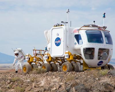 Simulacion del manejo de un Rover por astronauta en la superficie de Marte