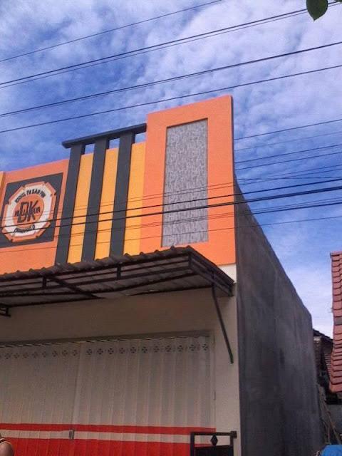 Seorang Pekerja Bangunan Di Pasar Pon Ponorogo Kritis Akibat Tersengat Listrik