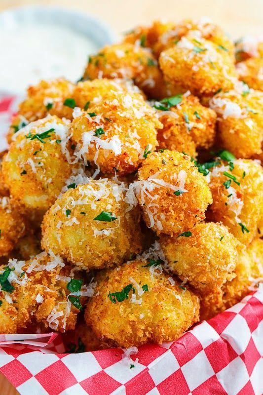 Delicious Crispy Parmesan Cauliflower Bites