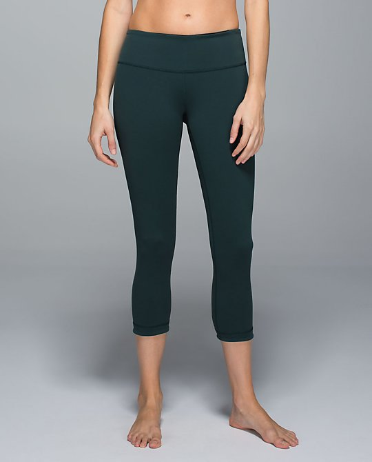 lululemon fuel green wunder under crop