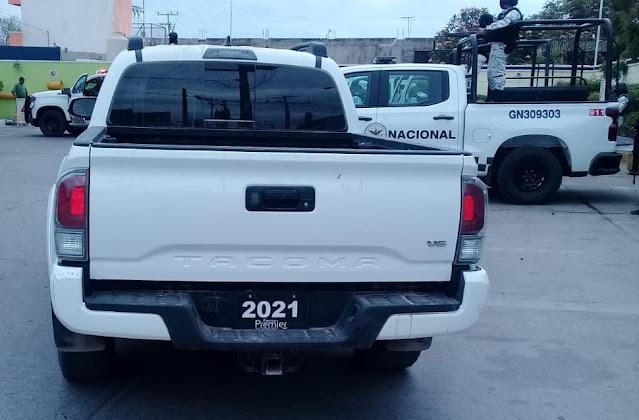 Un fusil antiaéreo de los conocidos como Barret Calibre 50 mm, 8 fusiles AK-47 de los llamados cuerno de chivo y dos camionetas de modelo reciente tumbadas tras enfrentamiento en Sinaloa
