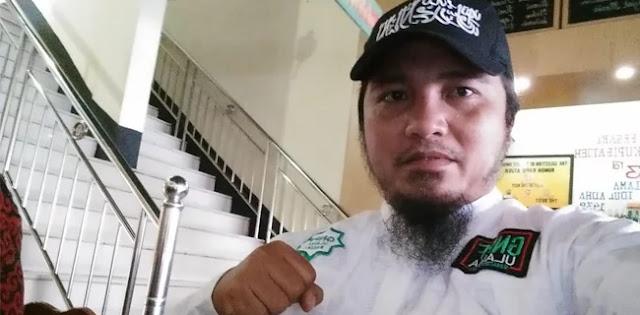 Tuduhan Propaganda Rusia, Ustaz Sani: 1 Telunjuk Menunjuk, 4 Jari Mengarah Ke Jokowi