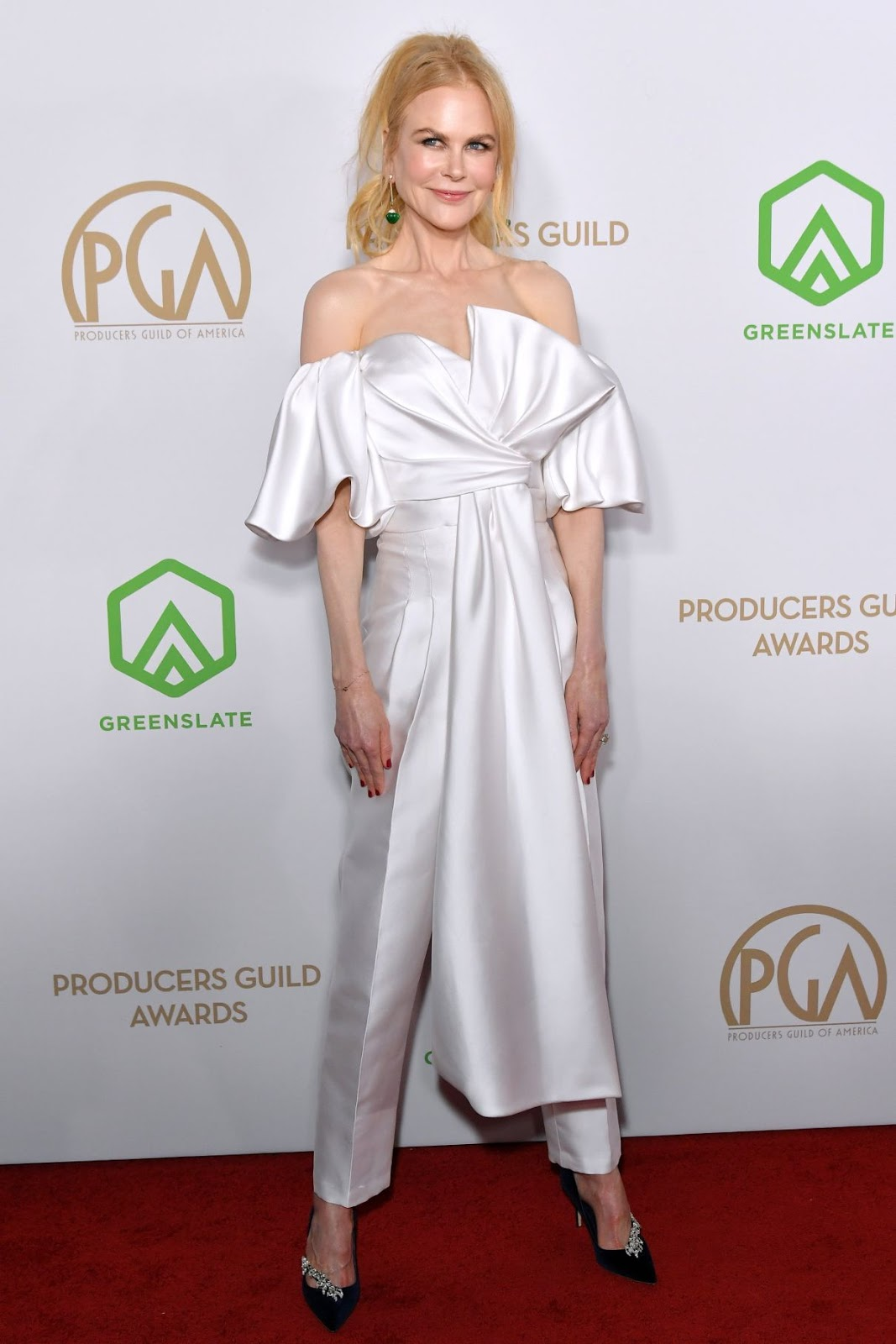 Nicole Kidman looks angelic in daring $6,300 silk ensemble at the 31st Annual Producers Guild Awards
