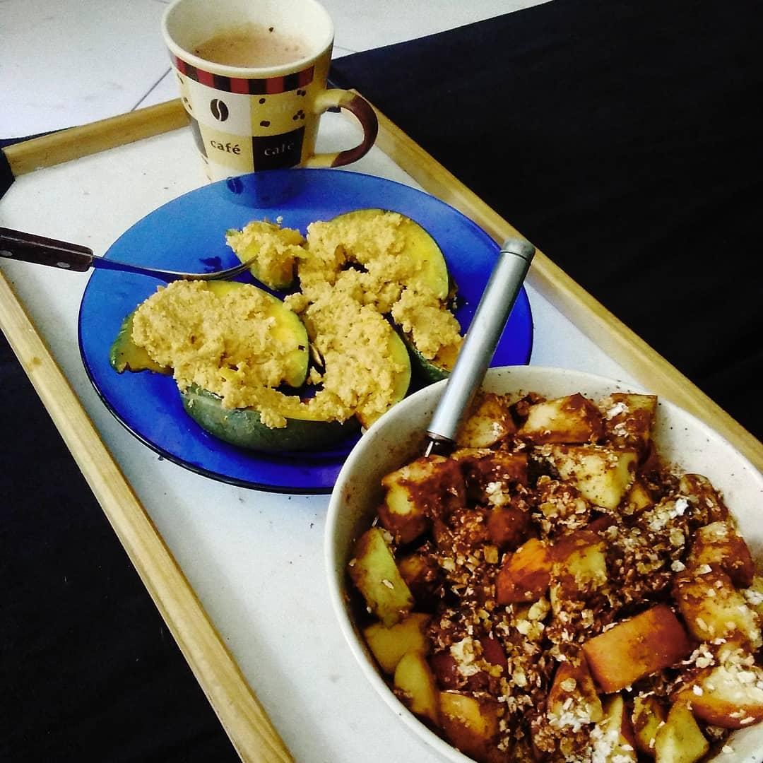 Café da manhã vegano. Dieta vegana saudável. Saúde veganismo