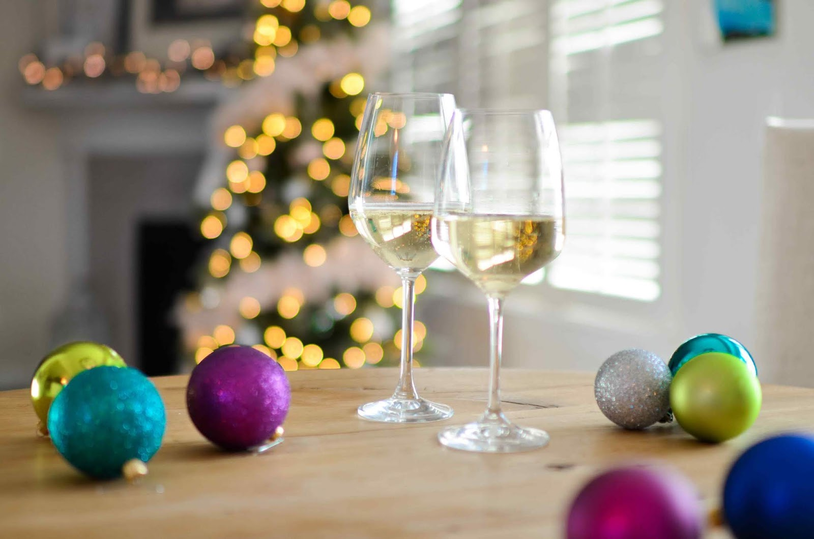 How to Decorate Your Home for Every Type of Holiday Gathering