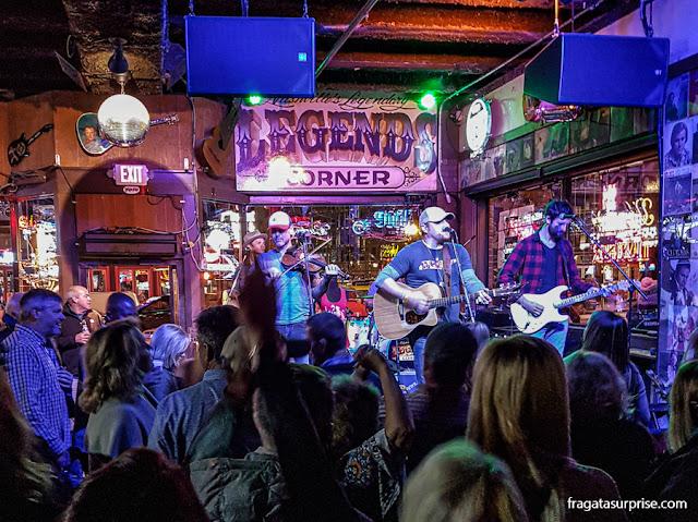 Bar de música country em Nashville: Legend's Corner