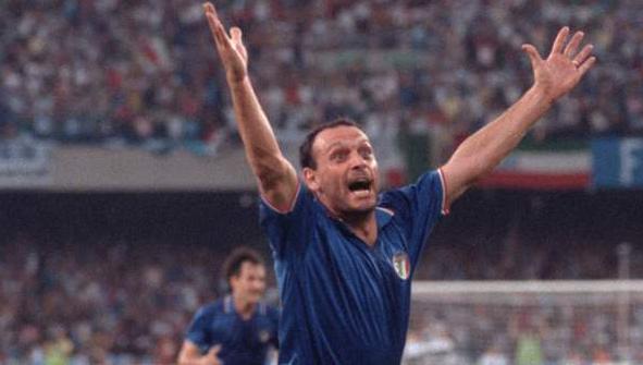 9 giugno '90: Schillaci in gol, apre le notti magiche per l'Italia