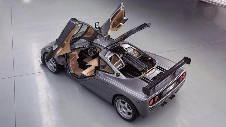 طراز مكلارين الشهير McLaren F1 HDK
