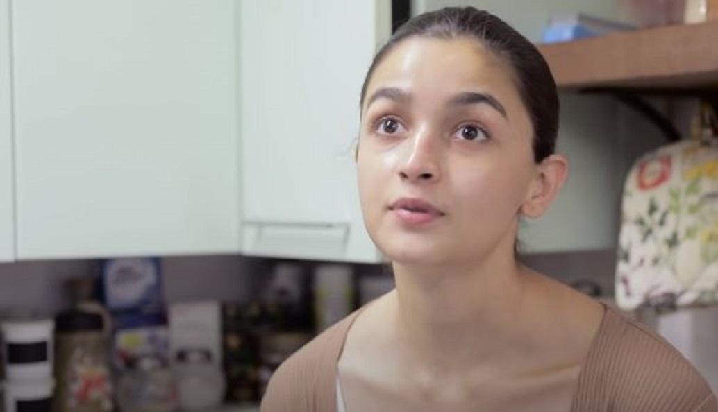 Alia bought new house in Ranbir building