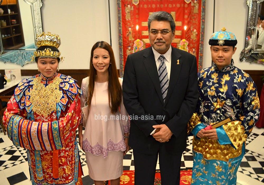 Datuk Badilshah Ghazali and Puan Faizah Khairuddin of Malaysia Airports