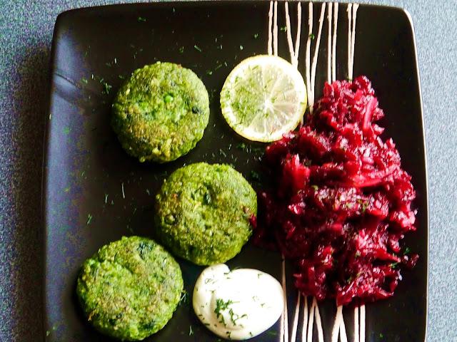 Kotleciki z brokuła i zielonego groszku - Czytaj więcej »