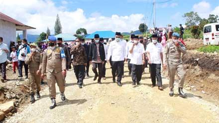 Bupati Solok Tinjau Pembangunan Masjid di Taluak Dalam Alahan Panjang