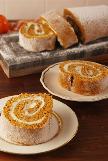 K'Mich Weddings - wedding planning - dessert ideas - cheesecake roll on a plate - delish.com