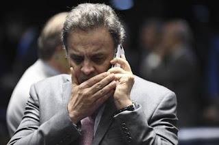 Justiça determina bloqueio de até R$ 128 milhões de Aécio Neves