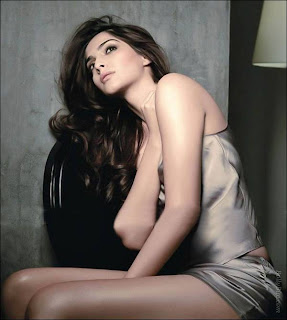 Sonam Kapoor – Maxim India January 2012