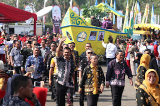 Ribuan Lansia Padati Monumen Perjuangan Rakyar Jawa Barat  Bandung