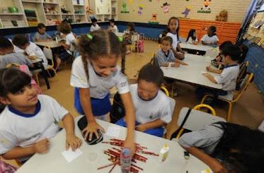 Bolsonaro bloqueia R$ 2,7 bilhões do orçamento da Educação deste ano