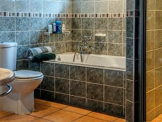 menambal-nat-keramik-kamar-mandi.jpg