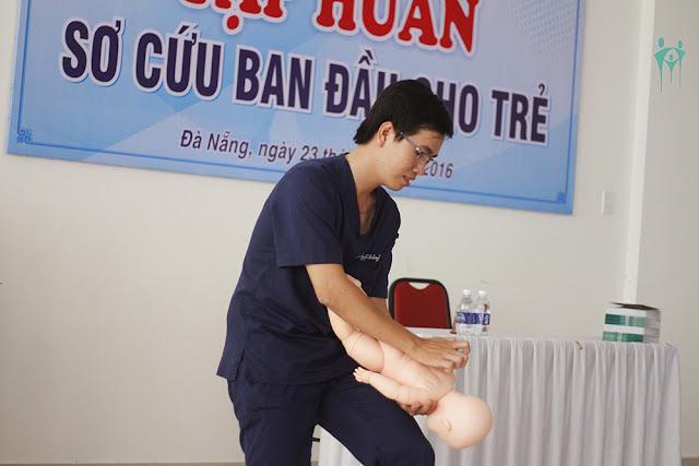 Sáng kiến kinh nghiệm kỹ năng sơ cấp cứu ban đầu cho trẻ ở trường mầm non