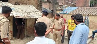 संदिग्ध परिस्थितियों में वृद्ध दंपति की जलकर मौत  | #NayaSaberaNetwork