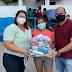 Sobrado/PB: prefeito Léo entrega kits-alimentação e atende quase 1400 famílias de alunos da rede municipal