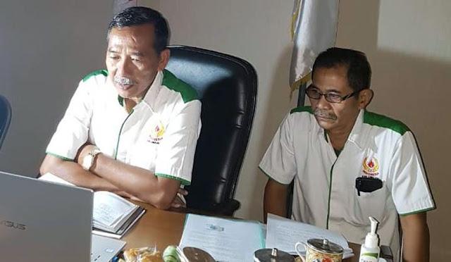Ketua dan Sekretaris KONI Lumajang mengikuti rapat koordinasi daring