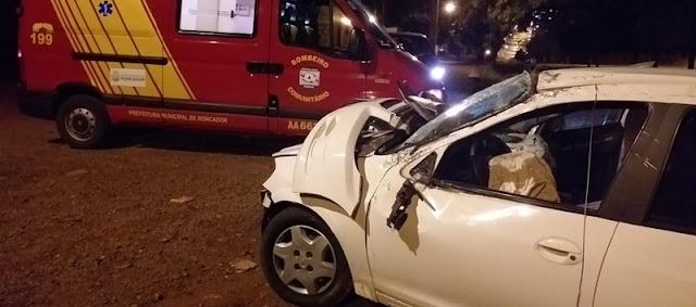 Roncador: Motorista perde o controle e capota veiculo na Avenida São Pedro