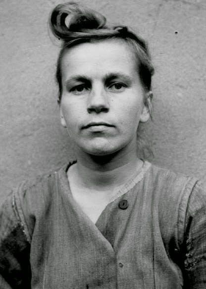 female concentration camp guards worldwartwo.filminspector.com