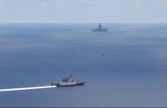 Mỹ tiếp tục điều tàu chiến ngăn tàu Trung Quốc ở Biển Đông