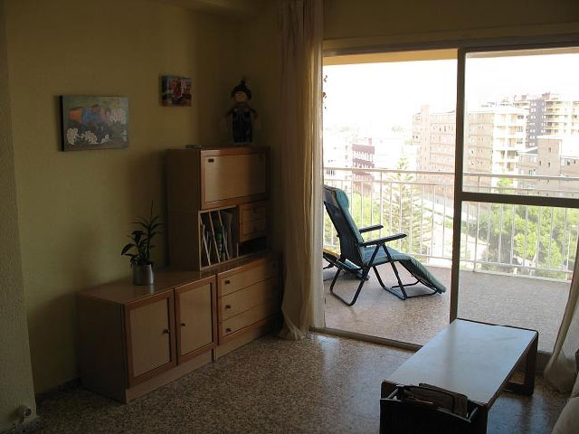 apartamento en venta calle apostol santiago benicasim salon1