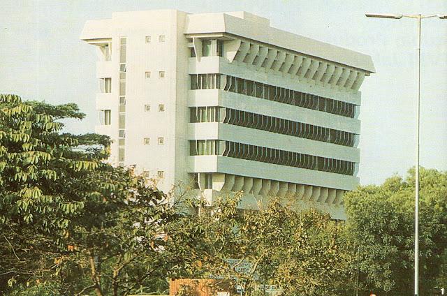 Wisma Indomobil 2 sebagai Gedung BKKBN, Jalan MT Haryono, Jakarta, 1980