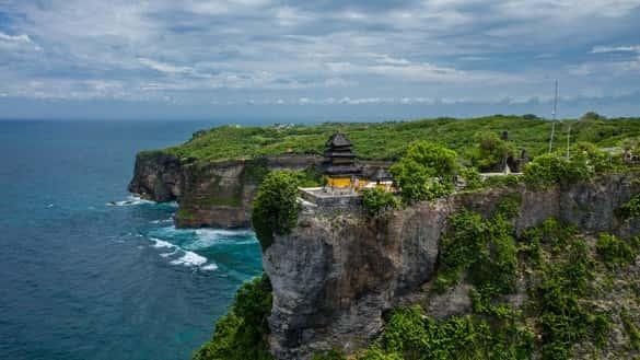 Objek Wisata di Bali Uluwatu