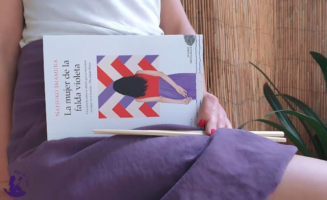 Natsuko-Imamura-la-mujer-de-la-falda-violeta