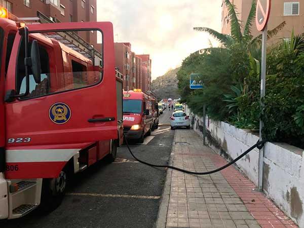 Fallece una mujer por incendio vivienda, Las Palmas de Gran Canaria