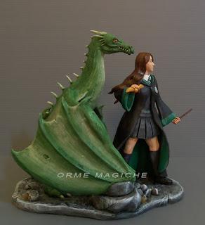 cake topper con drago statuina ragazza maga con draghi modellini fantasy personalizzati orme magiche