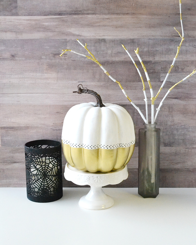 Aly Dosdall: diy gold dipped pumpkin