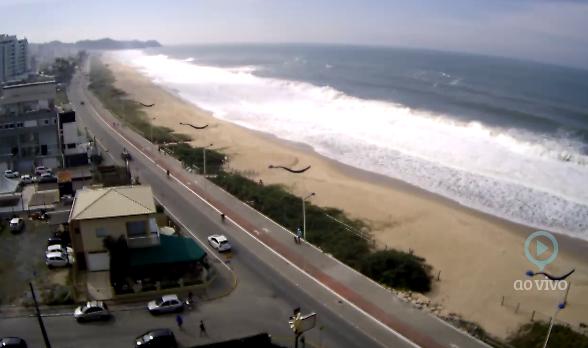 câmera ao vivo da praia brava itajai