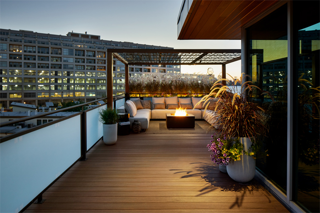 Modern rooftop deck trellis